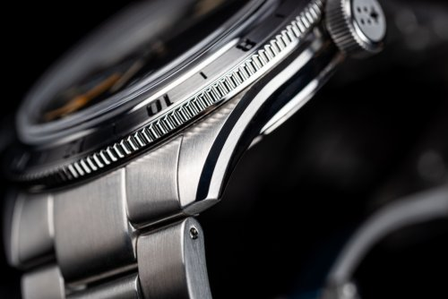Case details of the Christopher Ward C65 GMT
