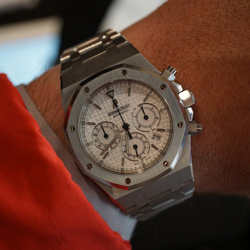 audemars piguet royal oak wrist shot